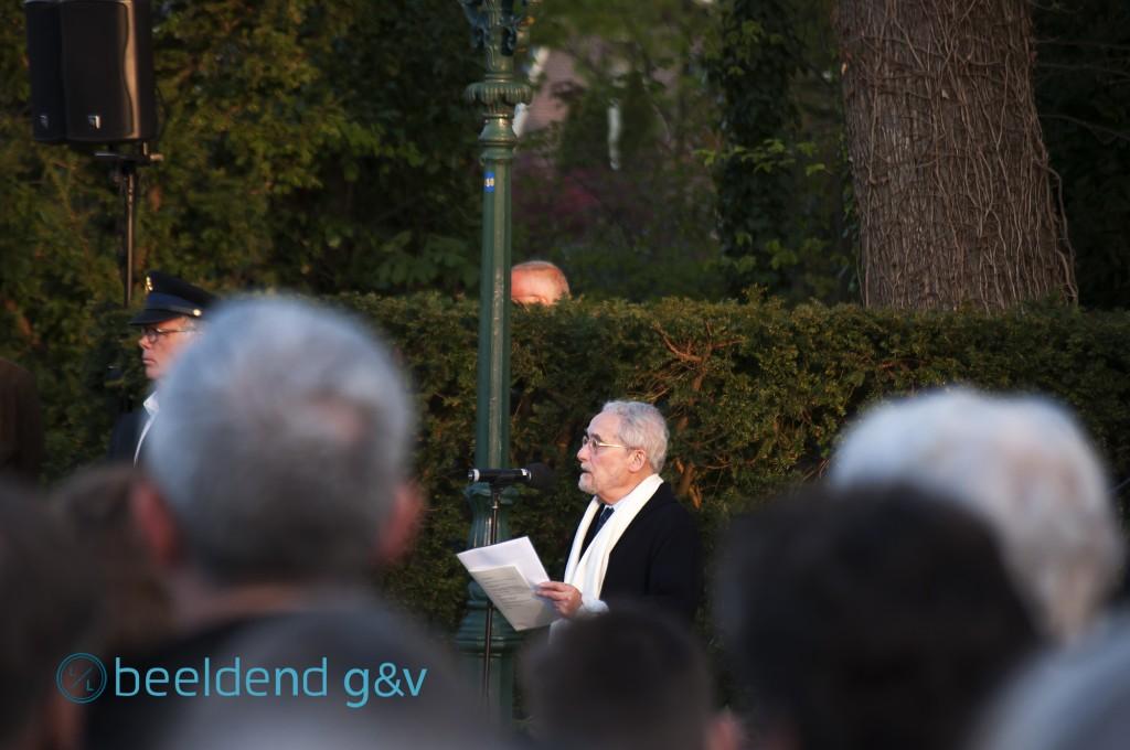 De mooiste stem van Huizen: Donald de Marcas draagt een gedicht voor