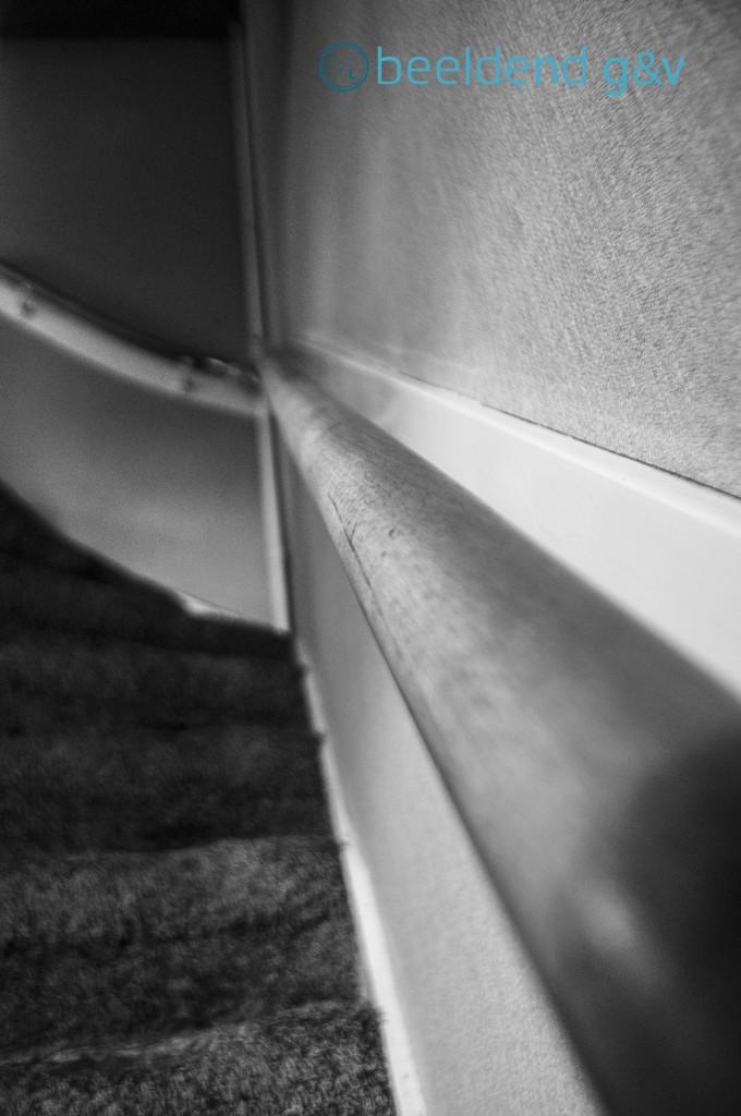 Dik tapijt op de trap