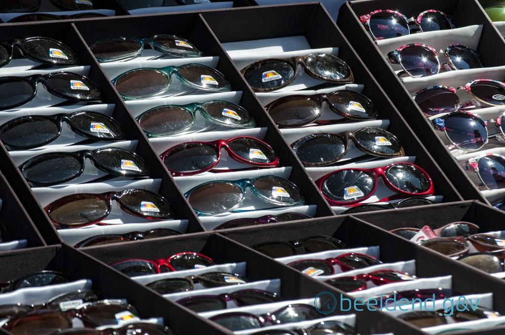 Kleurrijke zonnebrillen